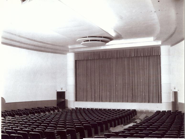 Theater_old2